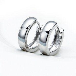 Jewelry - 18K White Gold Filled Hoop hiuggie Earrings 17mm